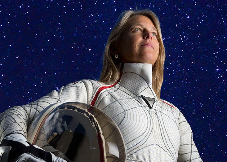 a 70 kg astronaut in space walking outside - photo #39