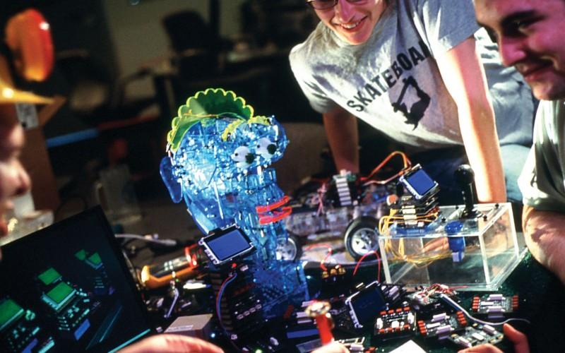Graduate_Fellowships_Cost_robot_lab