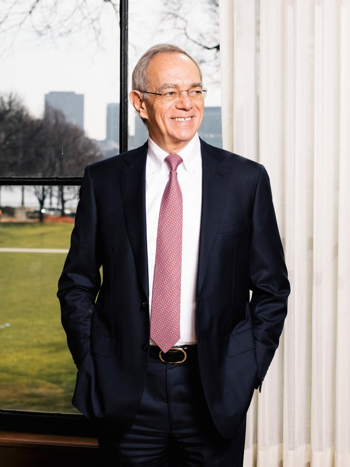 Photo of MIT President L. Rafael Reif